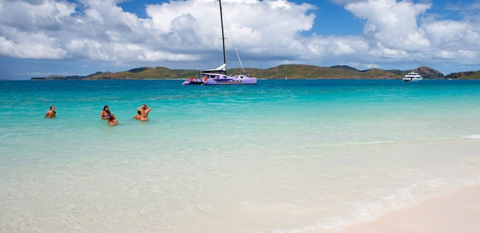 whitsundays sailing tour